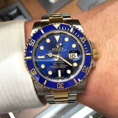 Men's Watches Guide To Choose The Best Watch Diesel Watches For Men, Swiss Watches For Men, Rolex Watches For Men, Armani Watches, Luxury Watches For Men, Cool Watches, Rolex Submariner Blue, Relic Watches, Mens Digital Watches