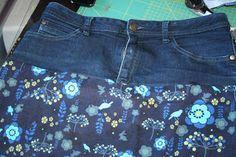 Rock aus alter Jeans und Stoff