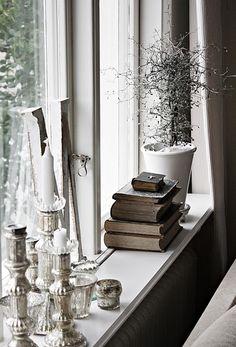 Wish I had deep window sills like this....