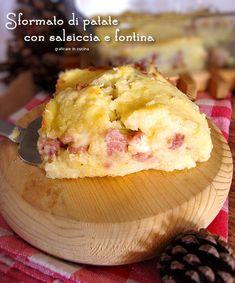 Sformato di patate con salsiccia e fontina