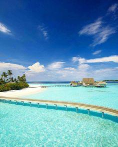 Islas Maldivas, bellísimas, un paraíso que desaparecerá bajo las aguas antes de fin de siglo por el deshielo. Frenemos el calentamiento global del Planeta, estamos a tiempo...