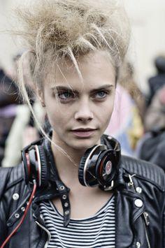 model cara delavigne has some style