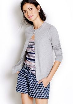 Spring inspired outfit @ JCrew Factory ~ switch out the shorts with navy pants or a skirt for the office Teaching Outfits, Dressing Sense, Skirts With Boots, J Crew, Cute Outfits, Clothes For Women, Lady, My Style, Colour Inspiration