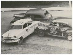 Stock car race at Bowman Gray Stadium, Nascar Race Cars, Old Race Cars, Sprint Cars, Real Racing, Dirt Track Racing, Auto Racing, Nascar Wrecks, Car Pictures, Photos