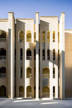 Hassawi Residential Complexes, 1968-1973 Iraq Consult with PACE, pic by Nelson Garrido
