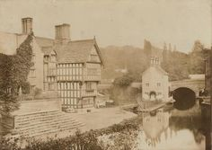Packet House Worsley - Bridgewater Canal - Wikipedia, the free encyclopedia Old Photographs, Old Photos, Vintage Photos, Bridgewater Canal, Listed Building, Salford, Industrial Revolution, My Heritage, British History