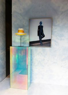Trend Alert: Iridescence Is Going to Be Everywhere via @MyDomaine