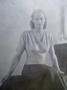 VOGUE Knitting Book No. 31 Autumn 1947 - Vintage Knitting Patterns 1940s 40s original patterns. $55.00, via Etsy.