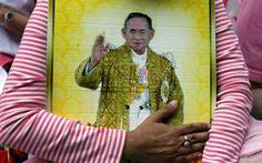 রাজা ভূমিবলের মৃত্যুতে থাইল্যান্ডজুড়ে শোক
