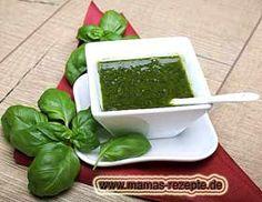 Bild von Basilikum in Olivenöl eingelegt