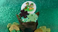 Complete Guide to St. Patrick's Day 2021 Treats at Disney Parks Whiskey Chocolate, Milk Chocolate Ganache, Mint Chocolate, Green Velvet Cake, Be Our Guest Disney, Downtown Disney, Walt Disney, Irish Celebration, Disney World Hotels