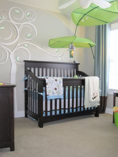 Really like the idea of hanging the Ikea leaf over the crib