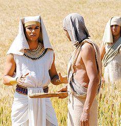 Elenco da minissérie fala sobre o último capítulo de José do Egito http://r7.com/Y7Pk