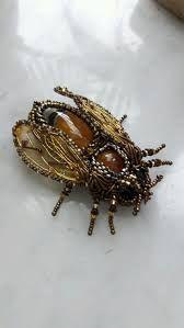 Výsledek obrázku pro пчела брошь схема