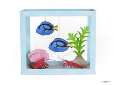 Everyone has had a school project sprung on them at the last minute. You can save the day with The Blue Tang and Fire Shrimp Aquarium Paper Diorama project. 3d Paper Crafts, Paper Toys, Diy Paper, Paper Crafting, Paper Art, Diy And Crafts, Crafts For Kids, Calin Gif, Blue Tang