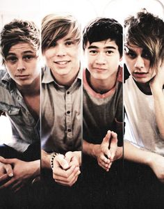 Ok guys 5 seconds of summer  doing a twitcam tomorrow sunday 4/7/13 before there acustic show tomorrow sunday in london  it starts at 2:40pm UTC  time (im guessing thats Uk time)  for America the east coast side its gonna start at 9:40 am and west coast side it starts at 6:40 am.! hopefully you guys can watch it.!