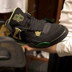 Baylor retro Nike 4s shoes // #SicEm