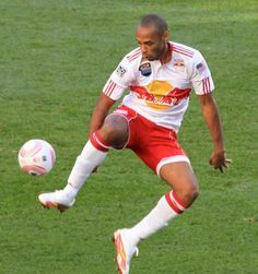 Top 10 Highest Paid MLS Players in 2014-2015 http://www.sportyghost.com/top-10-highest-paid-mls-players-2015/
