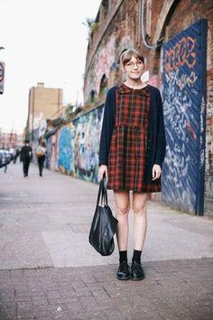 人気ブロガーのキャロラインはひと昔前のイギリス女子の雰囲気で。