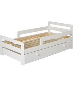 EAST COAST TODDLER BED In Country White Design