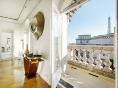 Three bedroom apartment in Trocadero Parisian Apartment, Paris Apartments, Bedroom Apartment, Feng Shui Mirrors, Luxury Homes Dream Houses, Dream Homes, Messy Nessy Chic, Paris Home, Luxury Marketing