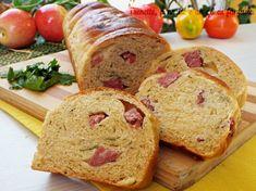 Pan+brioche+salato+al+prezzemolo+con+salamino+e+formaggio