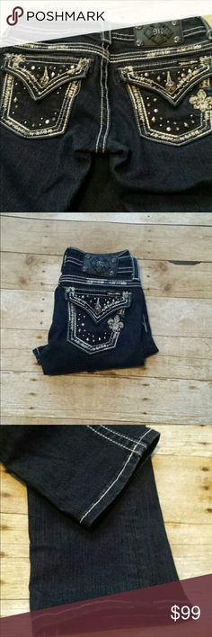 Miss Me Jeans 👖 Size 25. Like New Might as well be new! Inseam is 31. Darker wash and gorgeous. Miss Me Jeans Straight Leg