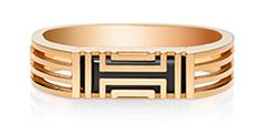 Fitbit & Tory Burch Accessories Collection.  I want this! to be stylish while still tracking your activity. Love it.