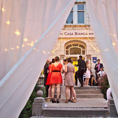 I love a great It's inviting, warm, has a ton of character, but most of all, it's full of love and great energy! Post Wedding, Summer Wedding, Beautiful Wedding Venues, Green Wedding Shoes, Golden Hour, Montreal, Fair Grounds, Warm, Instagram Posts