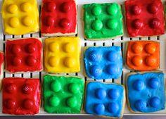 Green Gourmet Giraffe: Lego biscuits