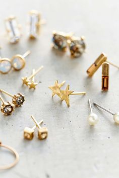 Pretty Stud Earring set - a different pair for every day of the week!