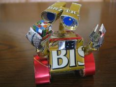 Recycled Beer & Soda Can Sculptures of Pop Culture Characters Recycle Cans, Upcycle, Reuse, Soda Can Crafts, Kids Crafts, Origami, Tin Can Art, Aluminum Cans, Aluminum Recycling