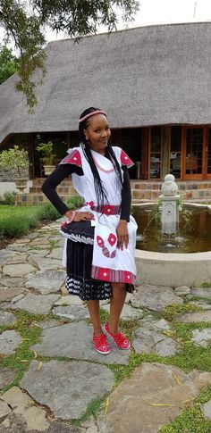Xibelani Nice Clothes, Peplum Dress, Cool Outfits, African, Traditional, Sneakers, Dresses, Fashion, Veil