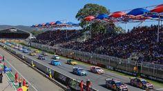 V8 Supercars: Courtney vince in mezzo al caos | Motorsport Rants
