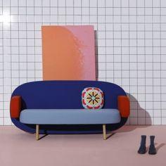 Karim Rashid cambia stile: i divani Float per Sancal Karim Rashid, Sofa Design, Interior Design, Color Interior, Design Design, Contemporary Couches, Contemporary Design, Modern Design, New Furniture