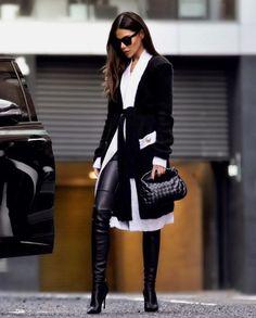 Ozgur aka modeison in Jimmy Choo 02 Overknees black leather highheel London Fashion, High Fashion, Winter Fashion, Womens Fashion, Luxury Fashion, Party Fashion, Paris Chic, Look Kylie Jenner, Chic Outfits
