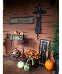 Crowning Glory: A whimsical witch and a harvest sign hover over an array of mums, gourds and other fall fare on the Rousseaus Halloween Porch, Holidays Halloween, Halloween Decorations, Fall Decorations, Haunted Halloween, Halloween Witches, Country Sampler Magazine, Autumn Crafts, Country Decor