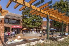 Charlottesville Restaurants & Shopping Center   Barracks Road   Shopping & Dining in Charlottesville