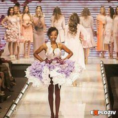 Viac informácií o pripravovanej prehliadke recyklovanej módy nájdete na webe www.exploziv.sk #moda #fashion #módnaprehliadka #recyklacia #eko #model #ootd #dnesnosim #exploziv