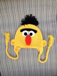 Bert Sesame Street Hat via Etsy Bonnet Crochet, Crochet Cap, Crochet Beanie, Crochet Kids Hats, Knitted Hats, Loom Knitting, Baby Knitting, Crochet Character Hats, Novelty Hats