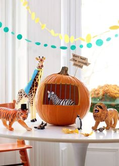 6 Cute Kid-Friendly Ways to Decorate Halloween Pumpkins | Kitchn Mini Pumpkins, White Pumpkins, Painted Pumpkins, Halloween Pumpkins, Halloween Decorations, Projects For Kids, Crafts For Kids, Diy Projects, Halloween House