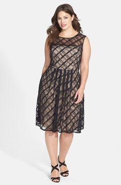 'Sweetheart' Plaid Lace Dress (Plus Size)