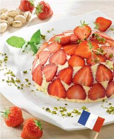 Jagoda-puding kupa na francuski način Raspberry, Strawberry, German Kitchen, Pudding Cake, Cantaloupe, Waffles, Berries, Bakery, Good Food