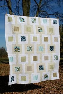Modern Meadow Baby Quilt - love the effect of the positive and negative spaces