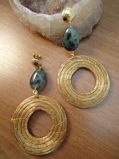 Peça Exclusiva - Unica Brinco capim dourado e jade