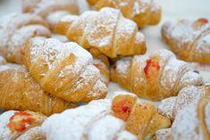 Kiflice Recipe, Sweet Desserts, Sweet Bread, Pretzel Bites, Bread Recipes, Cheese, Cookies, Crack Crackers