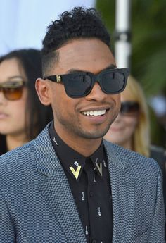 Where were all the Latino stars at the 2012 Billboard Music Awards  736fe69a3