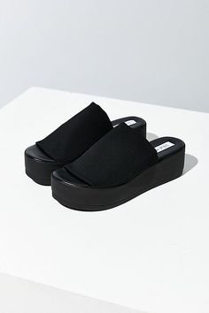 Slides and platforms have been everywhere this summer. Not only these shoes but nods to the and have been popular recently. Trends from other time periods come back in waves and mixing and matching contemporary pieces with classics is popular. Sophie S. 1980s Fashion Trends, 80s And 90s Fashion, Joanna Gaines, Steve Madden Slides, Plastic Boots, Fresh Shoes, Vegan Shoes, Sock Shoes, Me Too Shoes