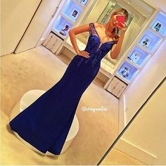 ✨ Azul Divo! ✨ @isabellanarchi ... #👰 #chegouodia #bride #brides #bridal #dress #weddingdress #casamento #madrinhadecasamento #casamento2016 #casamento2017 #noivas #noivas2016 #noivas2017 #instabride #marriage #wedding #weddingday #photography #savethedate#honeymoon #vestidodenoiva #instawed #instawedding #teambride #love #noiva #sayido #ido #like4like