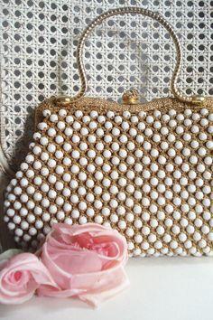 Gold and beaded Vintage handbag ....divine !!